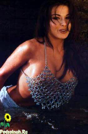 Обнаженная Кармен Электра – Знакомство Со Спартанцами (2008)