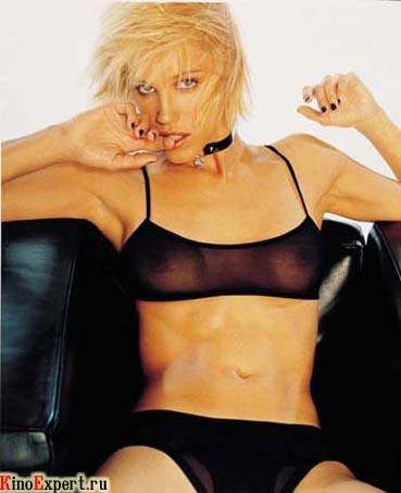 Эмма сьоберг фото голая